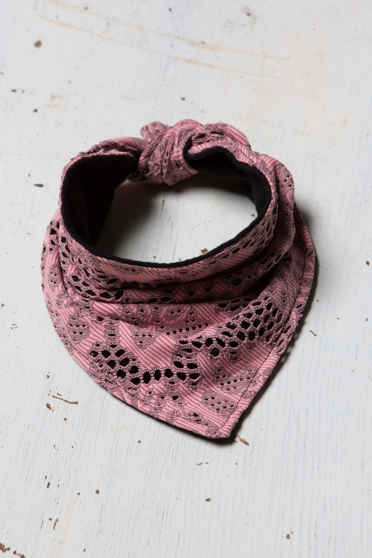 Baby_foulard_lace_pink